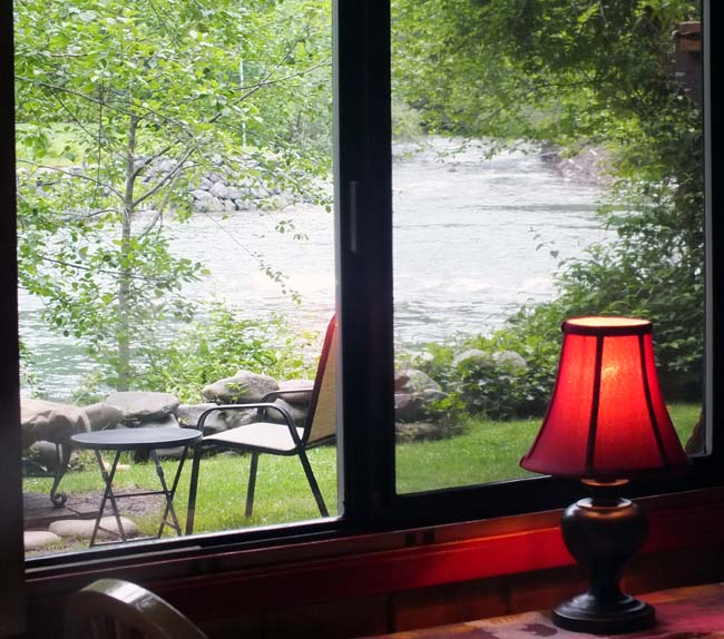 Skykomish River cabin to rent